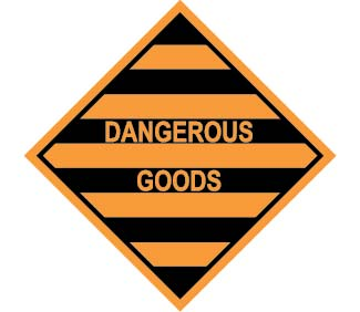 DANGEROUS GOODS 100mm x 100mm – 500 per roll